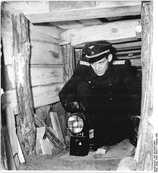 Tunel ucieczkowy na terenie stacji S-Bahnu Wollankestrasse Źródło: Bundesarchiv Bild 183-90157-0001