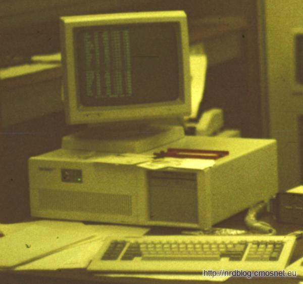 Tandon PCA 20 z roku 1987