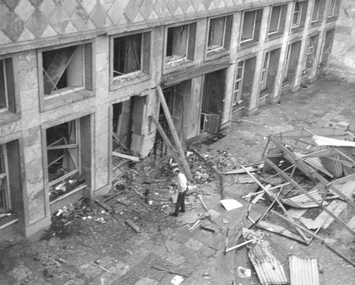 Zamach bombowy w budynku I.G.Farben, 1972 Żródło: Wikipedia