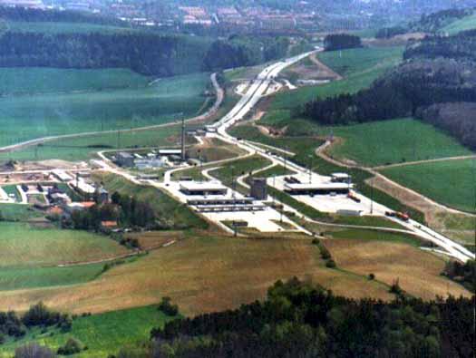 """Przejście graniczne Wartha Źródło: {a href=""""http://www.grenzzaunlos.de""""}www.grenzzaunlos.de{/a}"""
