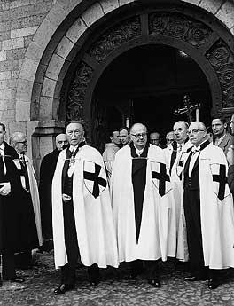 """Adenauer w płaszczu krzyżackim Źródło: {a href=""""http://www.deutsche-und-polen.de""""}www.deutsche-und-polen.de{/a}"""