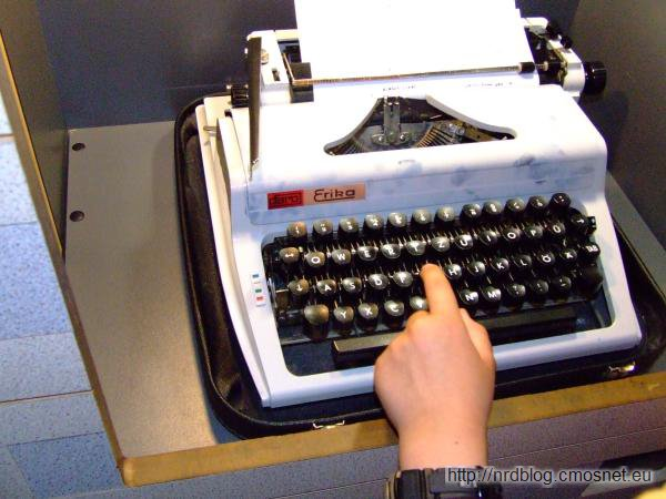 DDR-Museum - Maszyna do pisania Erika