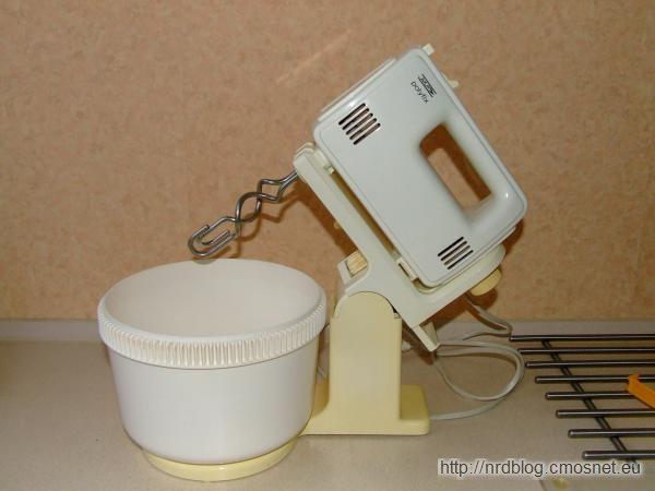 Robot kuchenny Polyfix z miską do mieszania ciasta