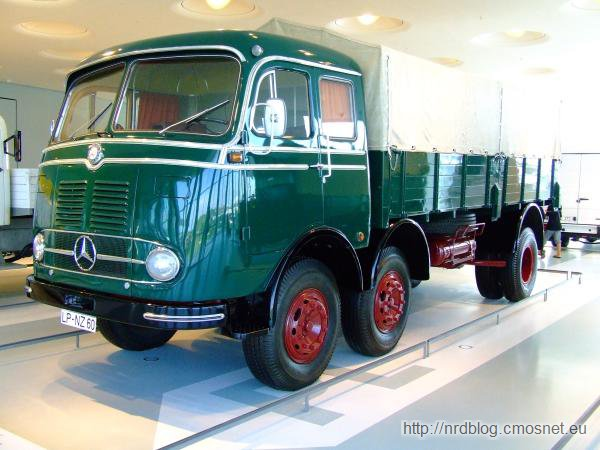 Mercedes LP333
