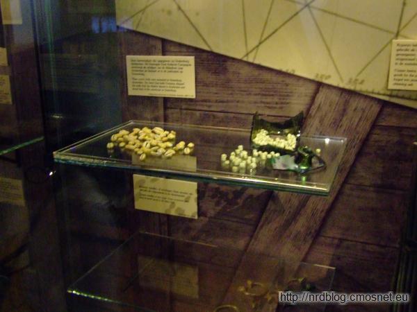 Het Scheepvaartmuseum Amsterdam - muszelki za które kupowano niewolników