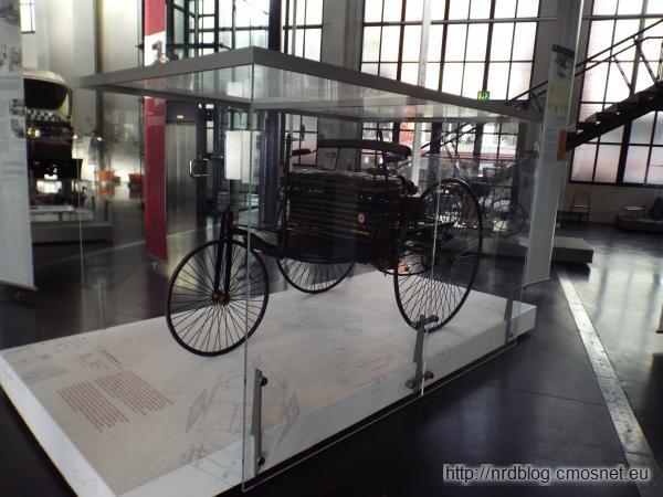 Prawie oryginalny Benz Patentmotorwagen Nummer 1