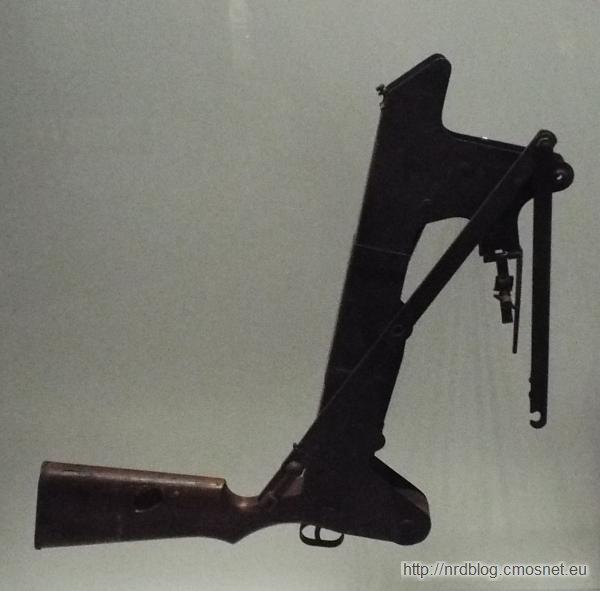Przystawka peryskopowa do strzelania z okopu