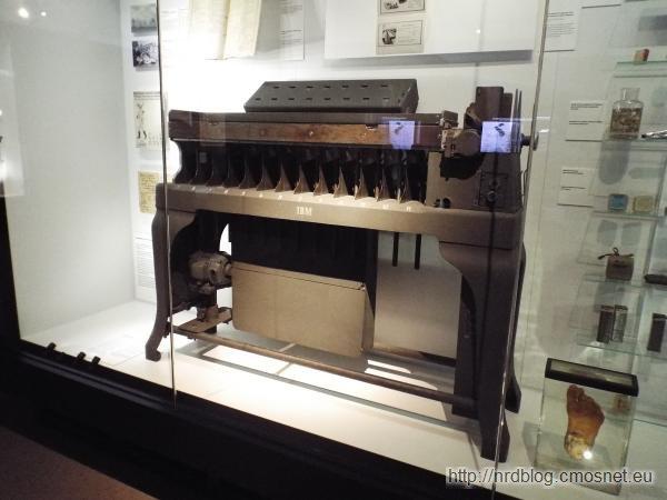 Maszyna do kart perforowanych IBM