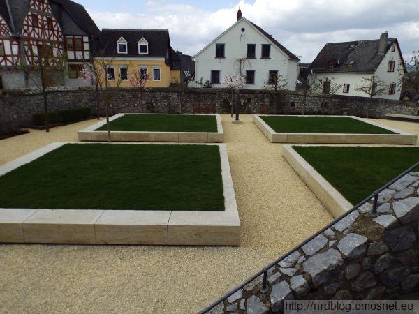 Limburg - prywatny ogród biskupa, za w sumie blisko milion euro