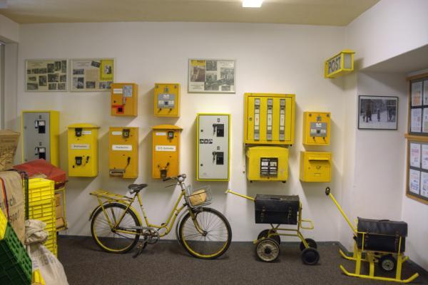 Automaty do znaczków pocztowych z NRD
