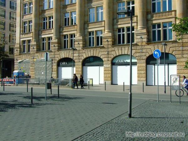 Blockupy Frankfurt - zabezpieczone wystawy sklepów