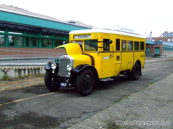 Autobus pocztowy z roku 1925
