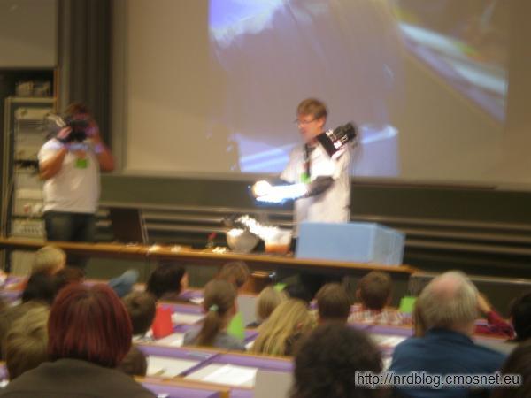 Kinder-Uni 2008 - lepienie komety