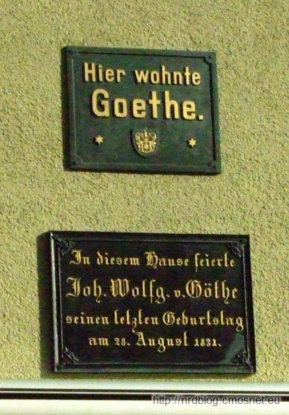 """Tablice poświęcone Goethemu na hotelu """"Zum Löwen"""" w Ilmenau"""