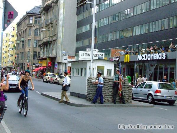 Dawny Checkpoint Charlie
