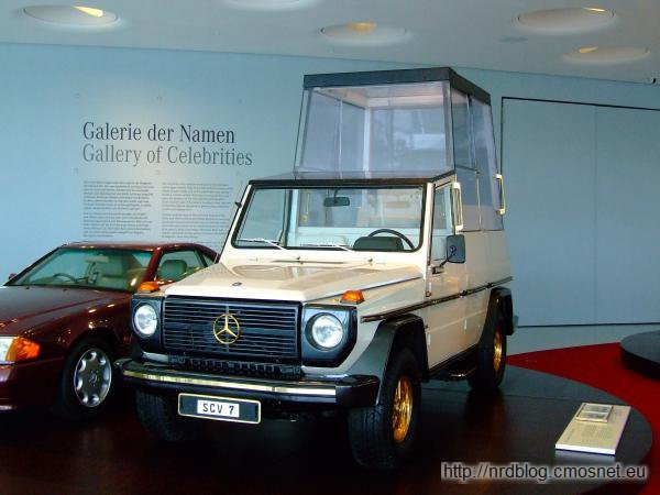 Mercedes-Benz G-Klasse (W 460) Papamobile