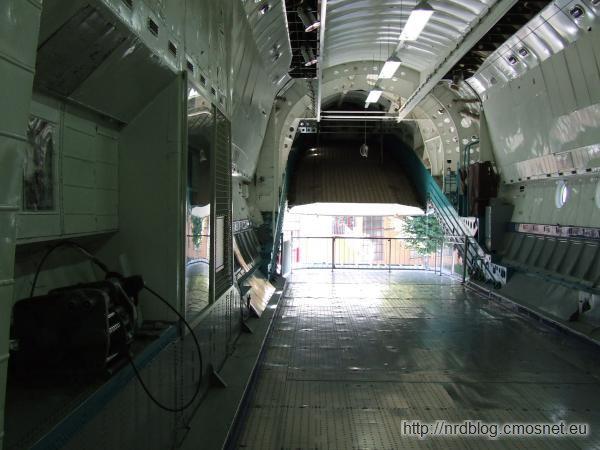 Technikmuseum Speyer - Ładownia samolotu An-22