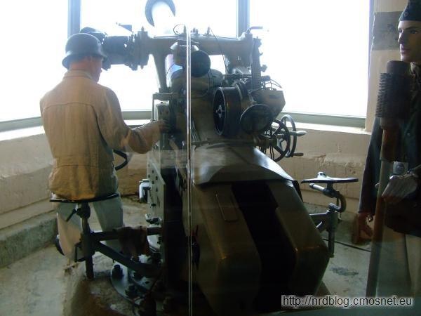 Atlantikwall Museum Oostende - bateria dział w bunkrze