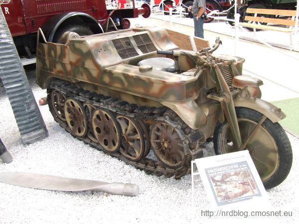 Kleines Kettenkraftrad Typ HK 101 - Sonderkraftfahrzeug 2 (Sd.Kfz. 2)