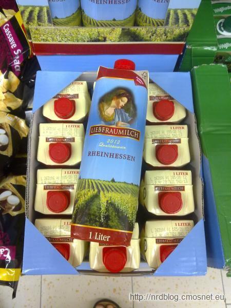 "Wino ""Liebfrauenmilch"" w kartoniku"