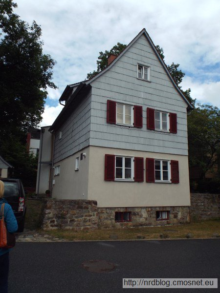 Reichssiedlungshof Oberursel, jeszcze jeden dom wzorcowy, niestety docieplony