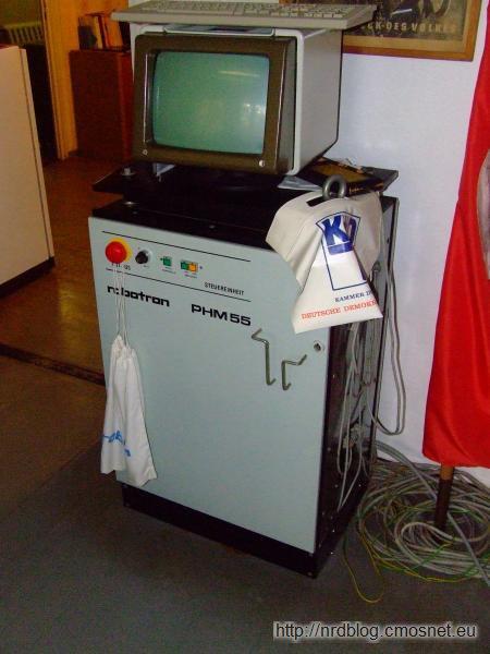 "Museumsbaracke ""Olle DDR"", Apolda - Robot przemysłowy PHM 55"