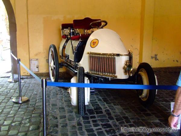 Replika Lohner-Porsche Mixte, 1902