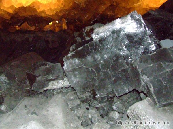 Kopalnia Merkers - komora z największymi na świecie kryształami soli