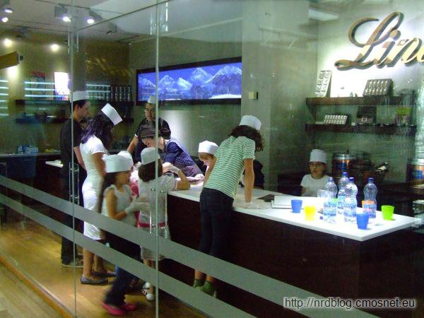 Muzeum czekolady Kolonia - warsztaty z produkcji czekolady