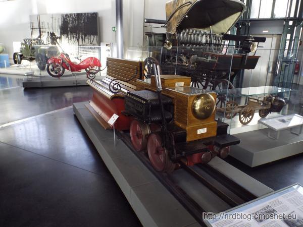 Pierwsza na świecie lokomotywa elektryczna Siemensa